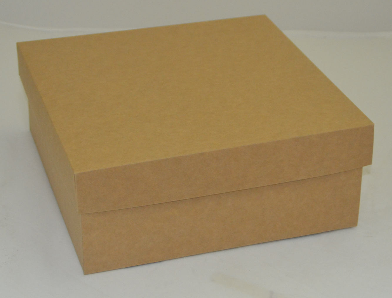 קופסא עם מכסה